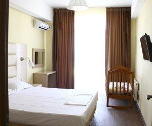 Двухкомнатные апартаменты с детской кроваткой 17