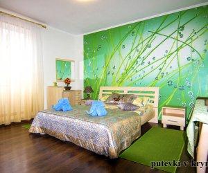 Зеленый номер в гостинице Яна Каро 4