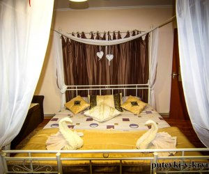 Белый номер в гостинице Яна Каро 2