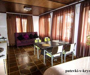 Двухкомнатный номер «Восточный» с кухней в гостинице Яна Каро 1