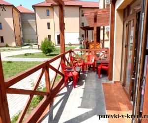 Апартаменты с террасой и кухней в КК «Солнце и Море» № 56