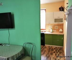 Четырехместные апартаменты с кухней в Комплексе «Палермо» № 98