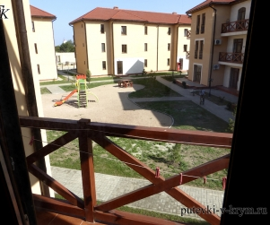 Трехместные апартаменты с балконом в КК «Солнце и Море» № 76