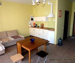 Четырехместные апартаменты с кухней в КК «Солнце и Море» № 5