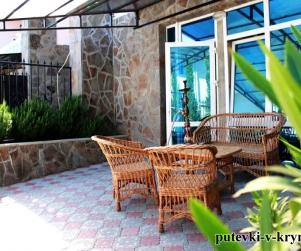 Трехкомнатные апартаменты с террасой «Комфорт» на Вилле Арнис Алушта
