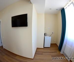 Двухместные апартаменты «Комфорт» в отеле КК «Черноморский» 53