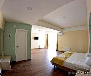 Двухместные апартаменты «Комфорт» в гостинице КК «Черноморский» 38