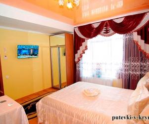 Двухместный номер «Комфорт» в гостевом доме «У Ярославовны» 1