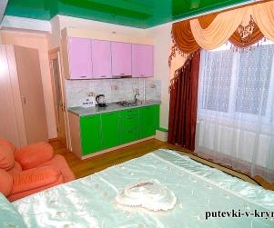 Двухместный номер «Комфорт» в гостевом доме «У Ярославовны» 6