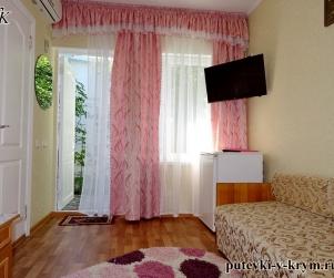 Двухместный номер «Стандарт» в гостевом доме «Водолейчик»
