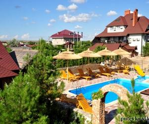Отель Гостиничный комплекс «Смерекова Хата» Оленевка Крым