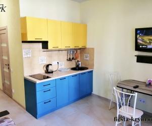 Двухместные апартаменты на первом этаже с кухней и балконом в комплексе Капри № 3