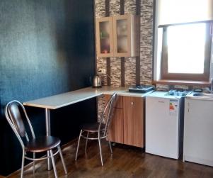 Трехместные апартаменты с кухней и террасой в Коттеджном Комплексе «Солнце и Море» № 46