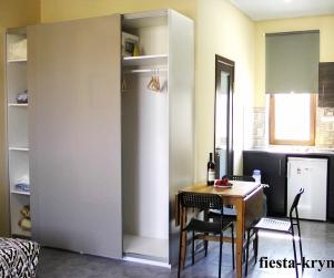 Четырехместные апартаменты с кухней в КК «Солнце и Море» № 4