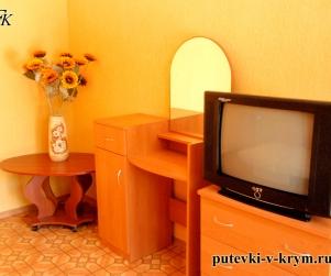 Трехместный номер «Эконом» в ГД «У Оксаны» на Приморской, 2а