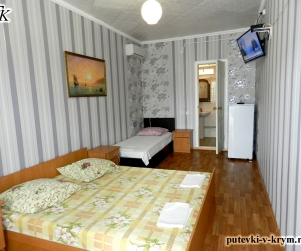 Трехместный номер в гостевом доме «Севиля» Курортное Феодосия