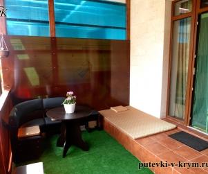 Апартаменты с террасой в Коттеджном Комплексе «Солнце и Море» № 82