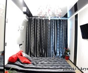 Трехкомнатные, шестиместные апартаменты в гостевом доме «Вилла Арнис»