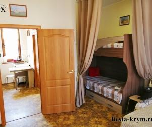 Четырехместные апартаменты с кухней в КК «Солнце и Море» № 6