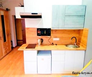 Трехместные апартаменты с видом на море в комплексе «Капри» 29
